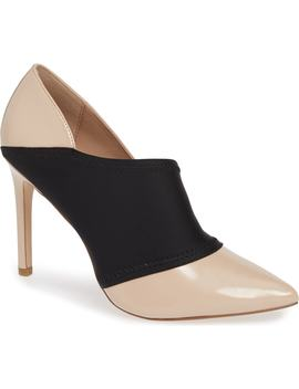 Hayden Pump by Bcbg