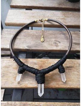 Halskette Mit Bergkristall Und Messing Aus Leder by Etsy