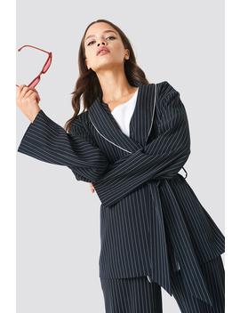 Tie Waist Asymmetric Sleeve Blazer by Na Kd Classic