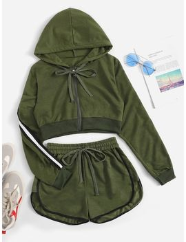 Contrast Taped Side Hooded Top With Shorts by Sheinside