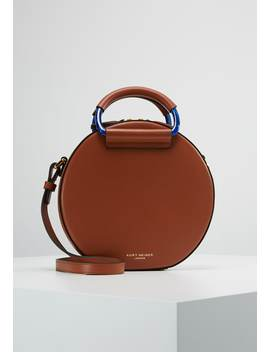 Harriet Round Body   Handtas by Kurt Geiger