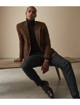 """<Div Class=""""Product  Badge Top  Color Dark  Font Small  Type Banner"""">Order By Midnight 19 Th Dec For Christmas Delivery</Div>                                                                          Verve by Reiss"""