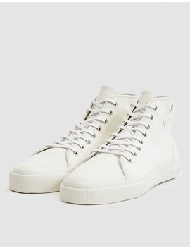 Issue No. 002 Sneaker In Ivory by No.Liste
