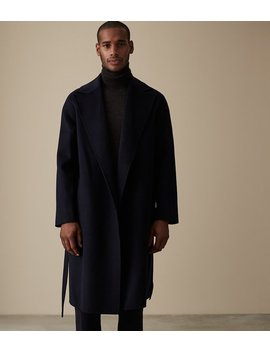 """<Div Class=""""Product  Badge Top  Color Mid  Font Small  Type Banner"""">Our Last Order Date For Christmas Has Now Passed</Div>                                                                          Vincent by Reiss"""