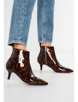 Priya    Ankle Boots by Monki