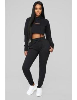Come Through And Chill Lounge Sweatpants   Black by Fashion Nova