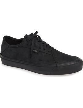 Diamo Ni Sneaker by Vans