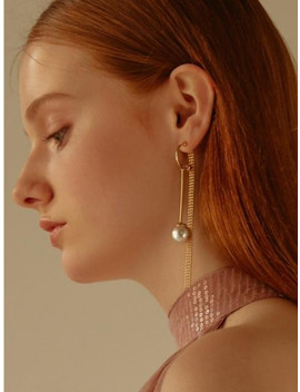400 Earring Gold by Clever Move