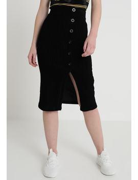 Pencil Skirt by Twintip