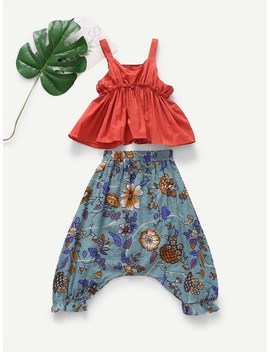 Toddler Girls Ruffle Hem Cami Top & Floral Print Shorts by Sheinside
