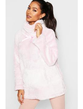 Oversize Supersoft Fleece Lounge Top by Boohoo