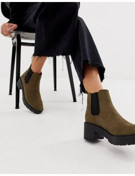 New Look Chunky Heeled Chelsea Boot In Khaki by New Look
