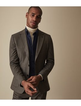 """<Div Class=""""Product  Badge Top  Color Dark  Font Small  Type Banner"""">Today: Free Standard Delivery On Orders Over £150</Div>                                                                          Tripper by Reiss"""