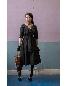 Vintage 50er Jahre Kleid Mit Schleife Schwarz / Bombe by Etsy