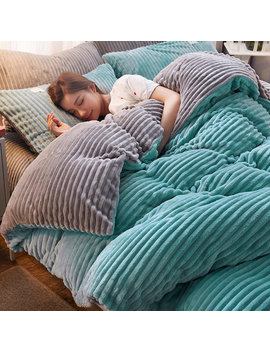 4 Pcs Double Sided Flannel Bedding Sets Solid Color Wavy Stripes Thickening Duvet Cover by Newchic