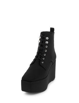 Perlita by Jeffrey Campbell