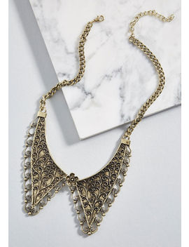 Refined Side Collar Necklace by Modcloth
