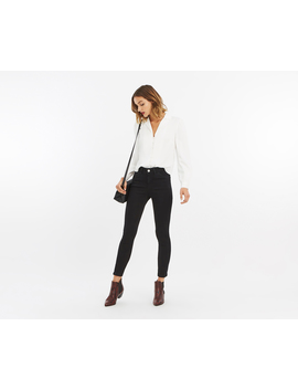 Gracie Ankle Grazer Jeans by Oasis