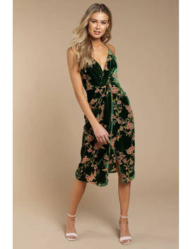 Joa Jennie Emerald Front Twist Midi Dress by Tobi