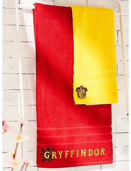Harry Potter Gryffindor Towel Set   Box Lunch Exclusive by Box Lunch
