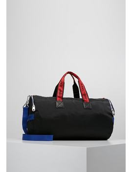 Logo Tape Duffle   Weekend Bag by Tommy Jeans