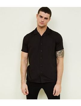 Black Revere Collar Short Sleeve Shirt by New Look