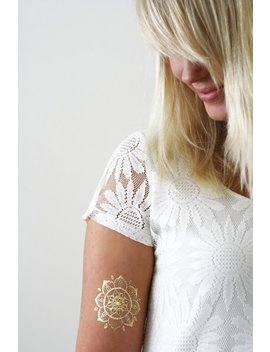 Gold Henna Mandala Temporary Tattoo / Gold Temporary Tattoo / Henna Style Tattoo / Boho Gift / Mandala Tattoo / Festival Accessoire by Etsy