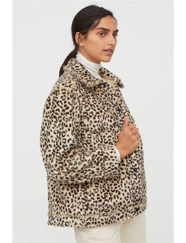 Faux Fur Jacket With Collar by H&M