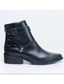 Ld Tuttle The Space Black Leather Ankle Boots 38 by Ld Tuttle