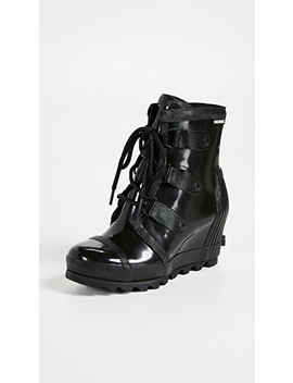 Joan Rain Wedge Gloss Boots by Sorel