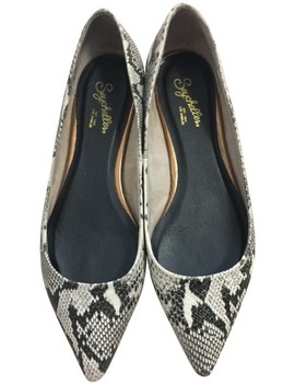 Black & White Leather Snakeskin Embossed Pointed Flats by Seychelles