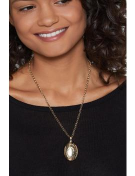 Locket Away Necklace by Nasty Gal