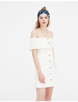 Φόρεμα με έξω τους ώμους by Pull & Bear