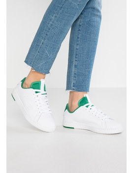 Carnaby Evo Light   Trainers by Lacoste