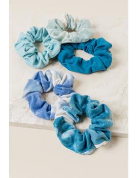 Kailani Tie Dye Scrunchie Set by Francesca's