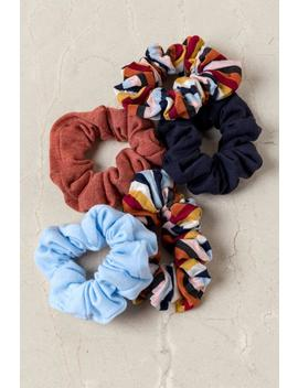 Maya 5 Pack Scrunchie Set by Francesca's