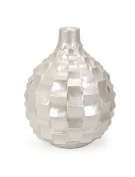 Highland Dunes Asceanna Traditional Small Pearl Vase by Highland Dunes