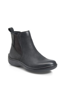Lenni Leather Chelsea Boot by Born