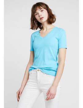 V Neck Tight Fit    T Shirts Basic by Benetton