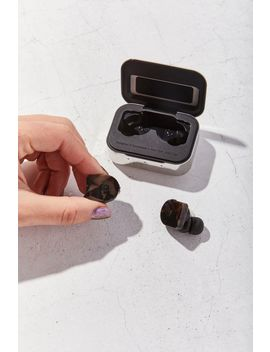 Master & Dynamic Mw07 True Wireless Earphones by Master & Dynamic