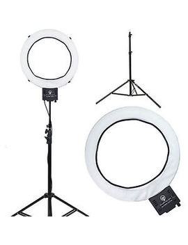 "Diva Ring Light Super Nova 18"" Dimmable Photo/Video Light With 6' Light Stand by Diva Ring Light"
