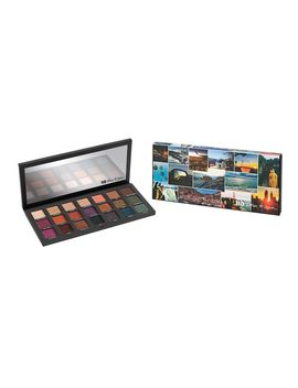 Born To Run Eyeshadow Palette by Urban Decay