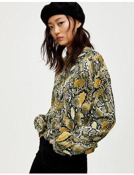 Koszula W Wężowy Wzór Z Plisami by Pull & Bear