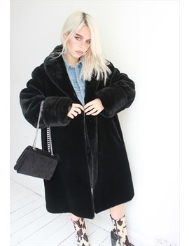 Vintage 90s Y2 K Black Oversized Faux Fur Coat by Dark Paradise Vintage