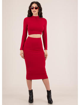 The Perfect 'fit Top And Skirt Set by Go Jane