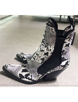 Zara New Woman Snake Printed Cowboy Ankle Boots 35 42 Ref.7112/301 by Zara