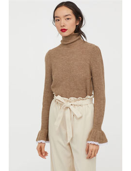 Jumper With Frilled Cuffs by H&M