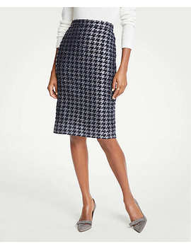 Shimmer Houndstooth Pencil Skirt by Ann Taylor