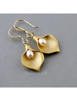 Gold Flower Earrings, Calla Lily Earrings, Jewelry Gift, Flower Pearl Drop Dangle, Bridesmaid Wedding Gift, Everyday Jewelry, By Balance9 by Etsy
