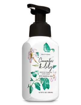 Cucumber & Lily   Gentle Foaming Hand Soap    by Bath & Body Works